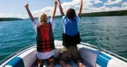 Familienurlaub auf dem Boot